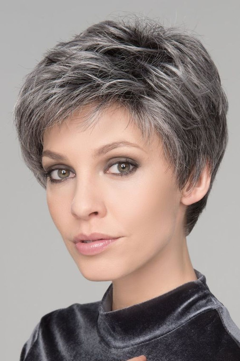 cherche coiffure courte femme)