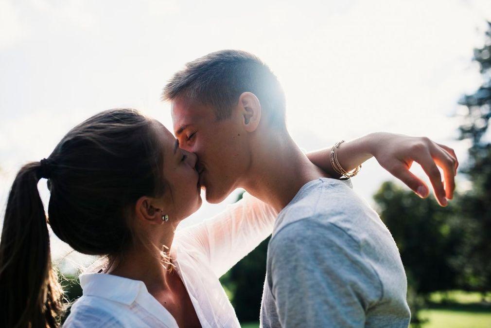 Les bienfaits des baisers sur la santé