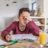 Confinement : comment repérer et aider un enfant stressé ?