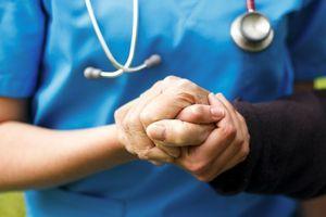 Parkinson : les associations dénoncent d'inadmissibles ruptures de stocks de médicaments