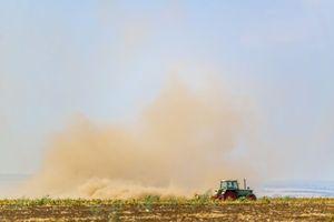 Glyphosate : l'Anses abandonne son étude pour conflits d'intérêt