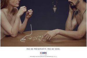 Pas de préservatif, pas de sexe : la nouvelle campagne de AIDES