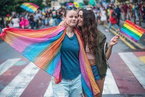 72% des Français accepteraient aujourd'hui que leur enfant soit homosexuel