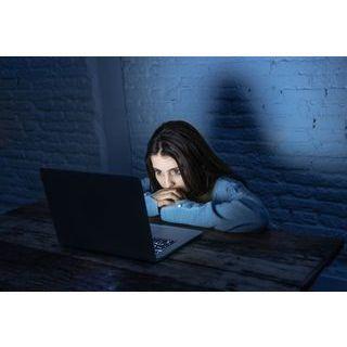 Les enfants et adolescents, plus exposés aux dangers d'Internet avec le confinement