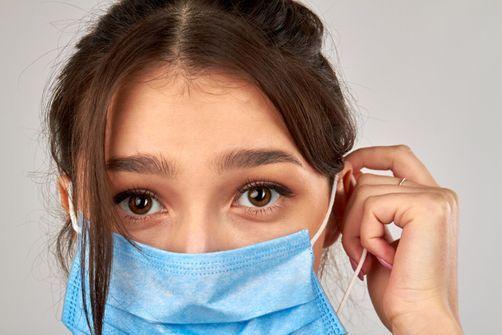 Masques contre le coronavirus : gare aux infections de peau !