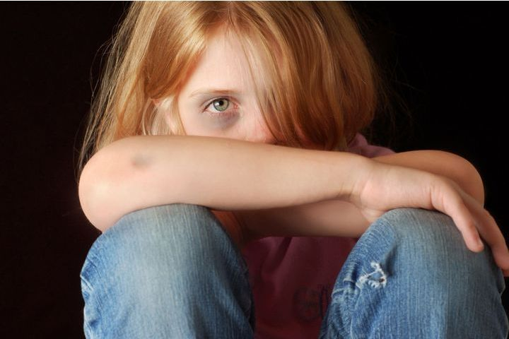 enfant maltraitée