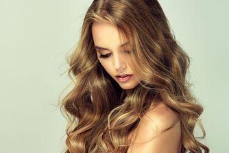 Cheveux ondulés : 150 coiffures qui ont du ressort