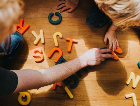 6 jeux pour aider votre enfant à apprendre à lire
