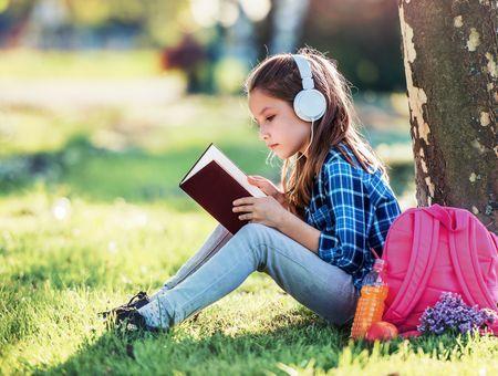 Confinement : les meilleurs livres audio pour les enfants