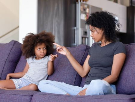 Enfant : comment réagir face à ses mots blessants ?