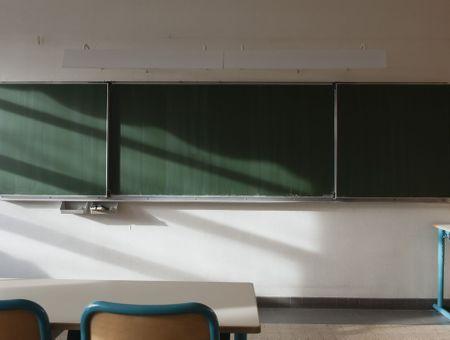 """Déconfinement : le retour à l'école le 11 mai"""" """"pas obligatoire"""""""