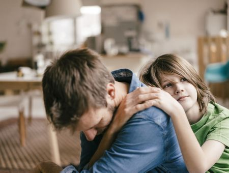 L'enfant thérapeute ou parent de son parent : un phénomène fréquent aux conséquences néfastes