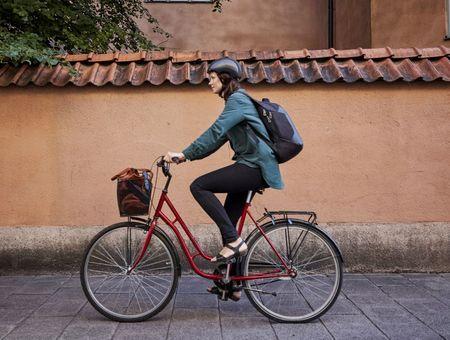 Vélo : pourquoi il aide à garder la forme