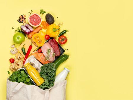 20 super-aliments à toujours avoir dans vos placards