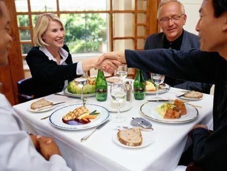 Sandwich ou repas d'affaires : éviter les pièges