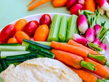 Manger des crudités, est-ce vraiment bon pour la santé ?
