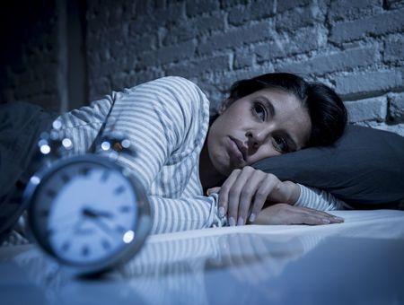 Je n'arrive pas à m'endormir : quelles solutions ?