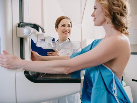 Calcifications mammaires : définition, symptômes et traitements