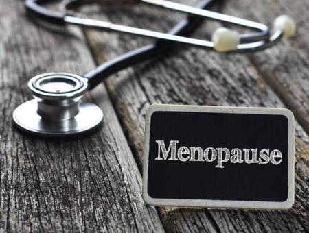 Ménopause artificielle : quels symptômes et comment y remédier ?
