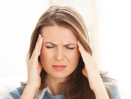 Céphalée de tension : des symptômes au traitement