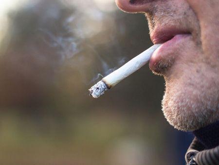 Coronavirus : Protectrice, la nicotine ? Une étude lancée pour le savoir