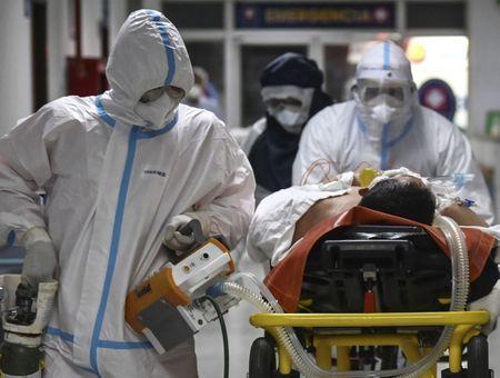 Covid-19 : 350 millions de personnes à risque élevé dans le monde