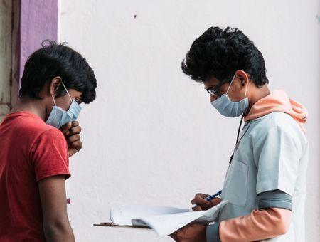 Maladie mystérieuse en Inde : un mort et plus de 300 personnes hospitalisées