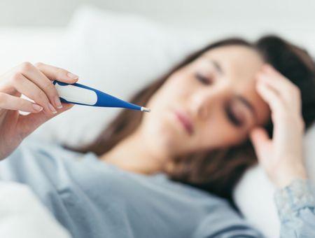 """Les """"syndromes pseudo-grippaux"""" ne sont pas tous des Covid-19, alerte l'Académie de médecine"""