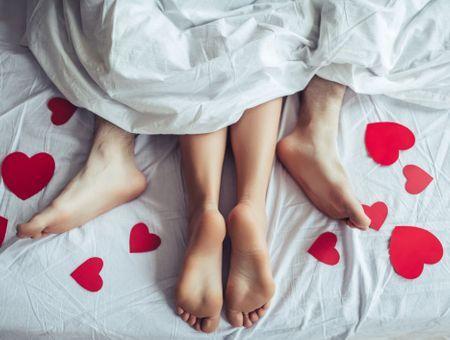 Froid : 10 positions pour faire l'amour au chaud sous la couette