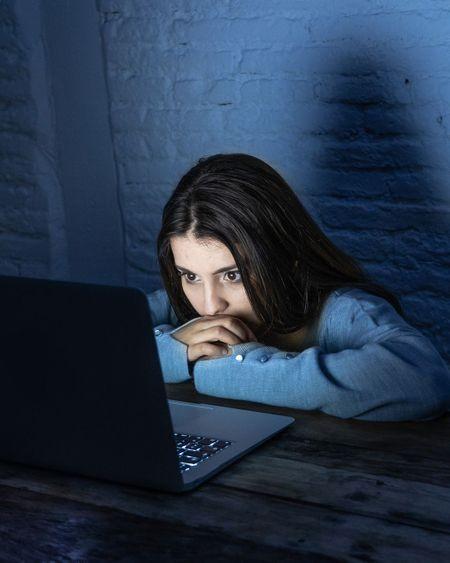 Les ados plus exposés aux dangers d'Internet avec le confinement