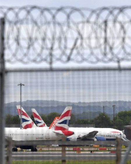 Variante du Covid 19 : la France suspend les déplacements en provenance du Royaume-Uni