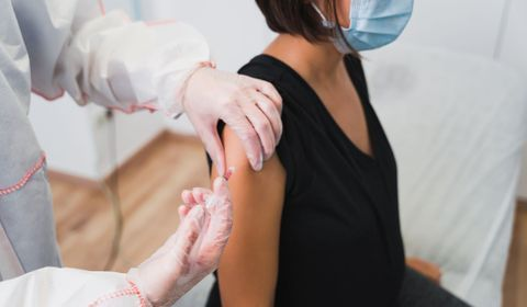 Covid 19 : les femmes enceintes peuvent se vacciner dès le début de la grossesse