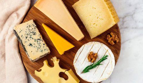 Fromage au lait de brebis, de chèvre et de vache : tous sources d'atouts nutritionnels
