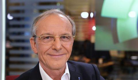 """10 M d'euros de dons en moins pour la Ligue contre le cancer : """"des choix difficiles à prendre sur la diminution de nos aides pour la recherche"""", se désole Axel Kahn."""