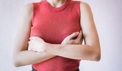 Cancer du sein : plus de risques de rechute en cas d'arrêt de l'hormonothérapie la première année