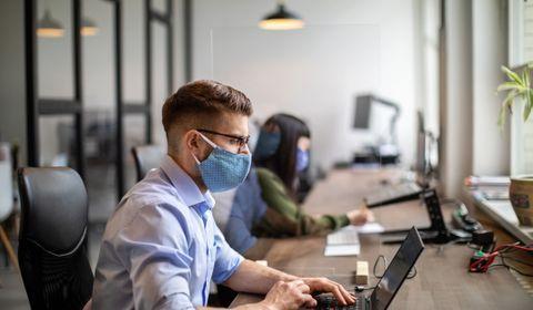 Après le Covid, l'électronique va traquer l'emaployé et sa santé sur le lieu de travail