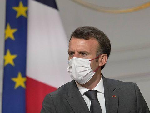 Vaccination obligatoire, pass sanitaire étendu, tests PCR payants : les annonces d'Emmanuel Macron