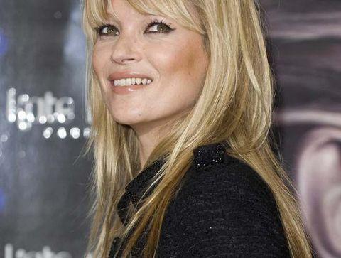 La frange de Kate Moss - 15 coiffures iconiques de stars