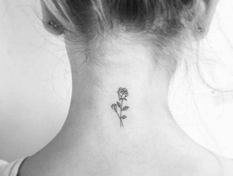 Tatouage Rose Nuque Plus De 75 Idees De Tatouages Discrets