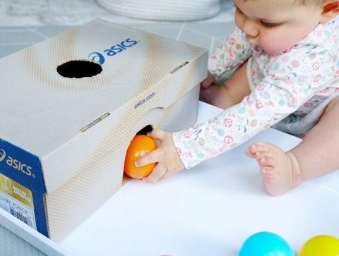 La boîte à balles - DIY : 10 jouets pour bébé à fabriquer soi-même