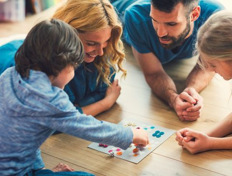 Les jeux de société, vecteurs de valeurs et de plaisir