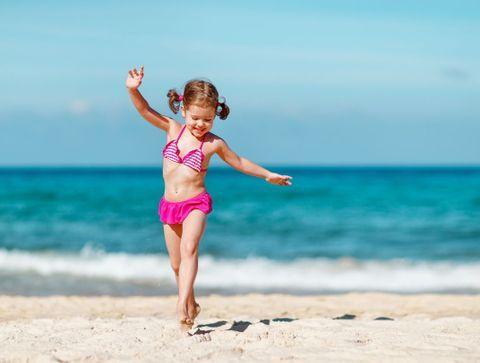 Eté 2021 : Notre sélection de maillots de bain pour des bambins lookés