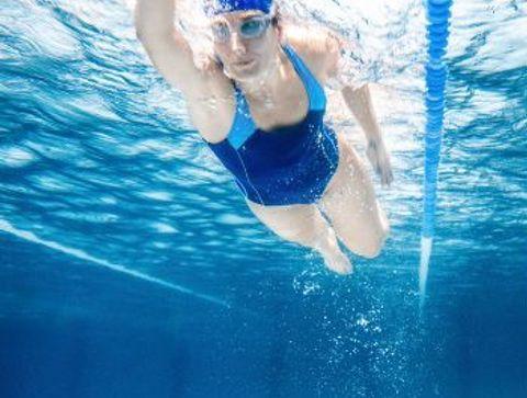 La natation - Quels sports pour mincir à 40 ans ?
