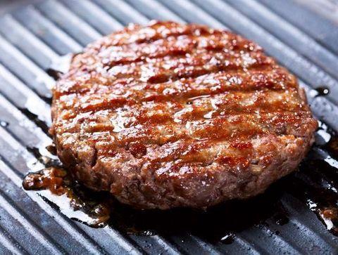 Manger la viande hachée bien cuite - 10 règles d'hygiène..