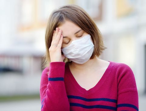 Irritation, chaleur, maux de tête, douleur à la mâchoire... Conseils pour mieux supporter le masque