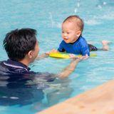 Bébés nageurs, un bain d'épanouissement