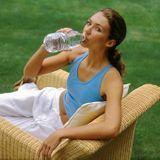 Sel, minéraux, plate ou gazeuse... Comment choisir son eau?
