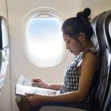 Voyage en avion : prévenir le risque de phlébite et soulager ses jambes