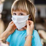 Coronavirus : la Covid-19 pourrait disparaître… si 70% de la population portait un masque