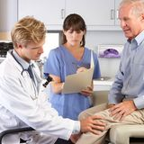 Prothèse de genou : quand avoir recours à la chirurgie ?